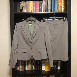 J Crew Gray Pleat-Back Skirt Suit Set Sz P4/P0